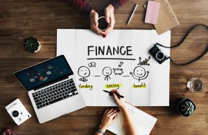 making a financial plan with commercial movers Boston